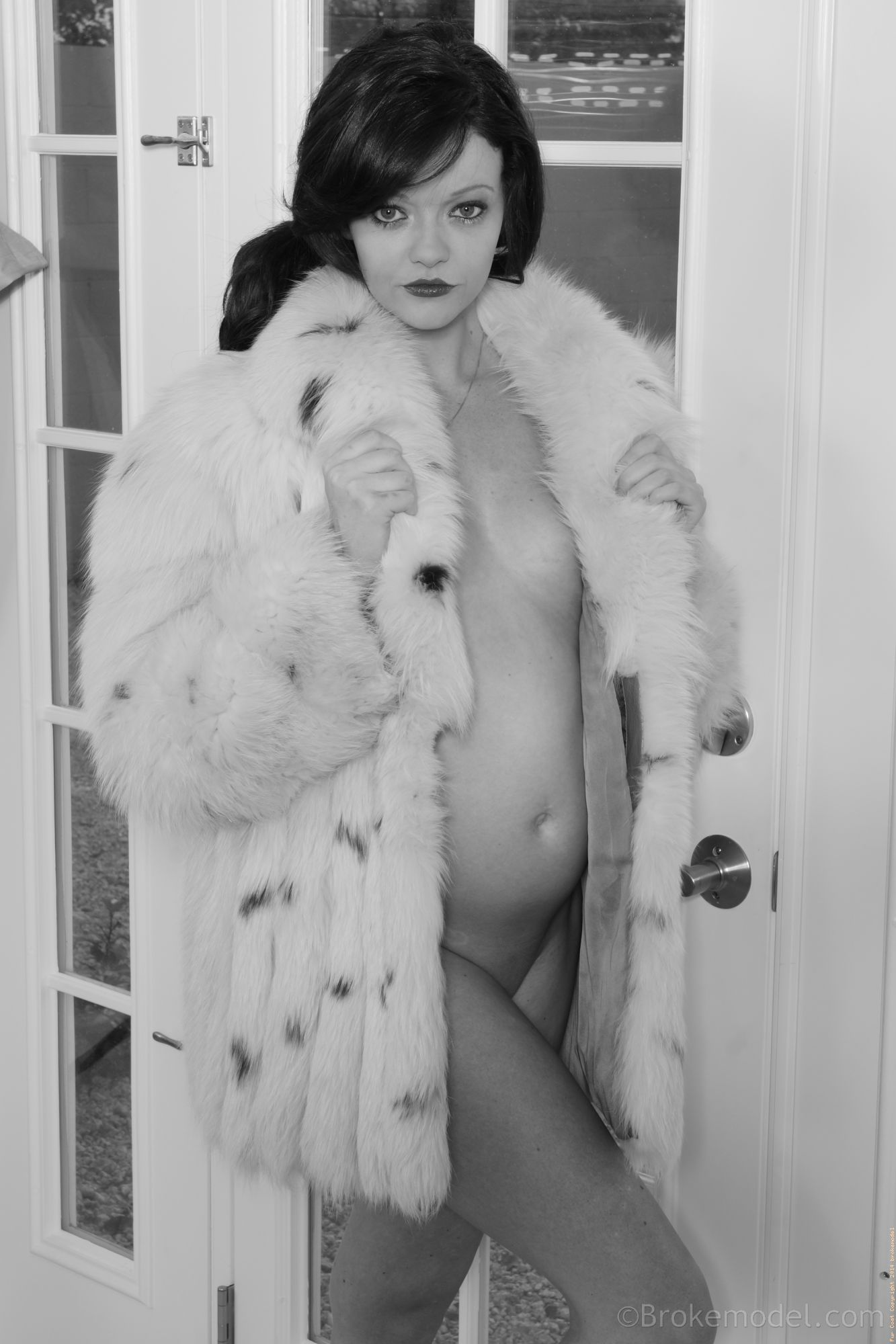 Free hot swinger nude pics